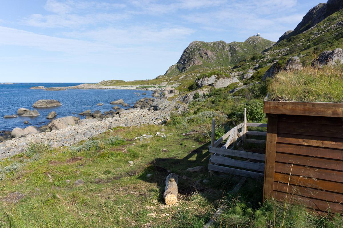 Eine Hütte lädt zur Rast ein.