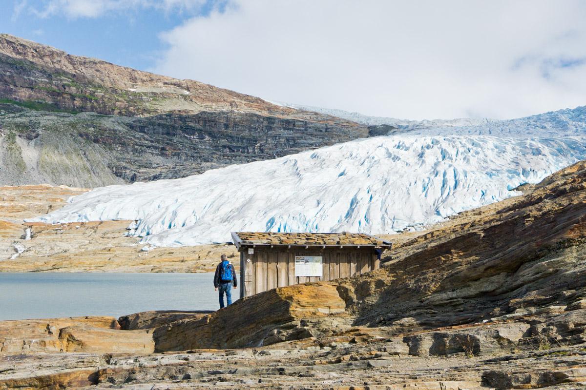 Erster Blick auf die gewaltige Gletscherzunge des Svartisen