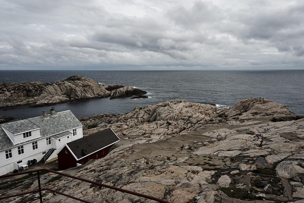 Ausblick vom Leuchtturm auf die Küste