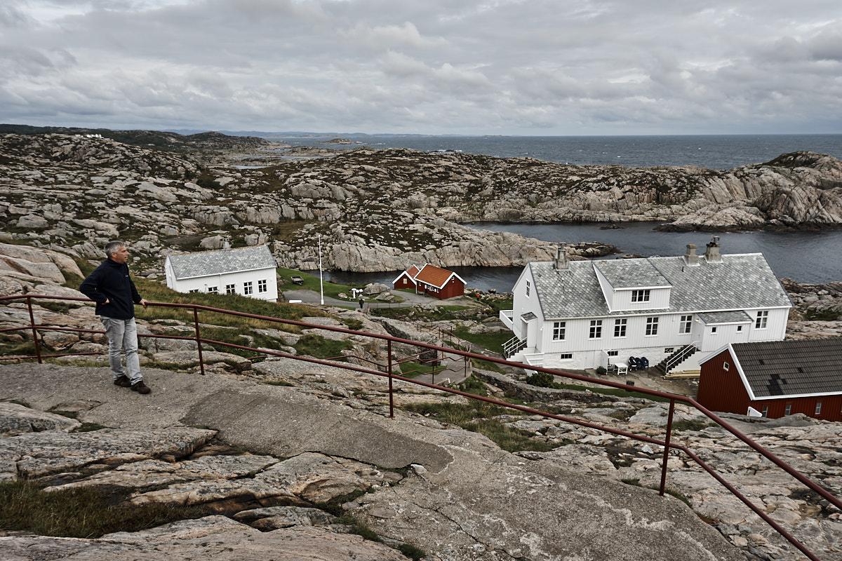 Sogar in dieser Steinwelt gibt es Häuser.