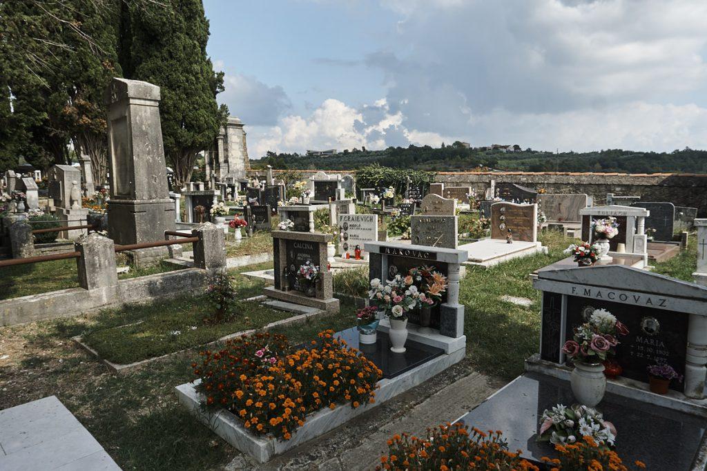 Sehr schöner und gut gepflegter Friedhof von Groznjan.