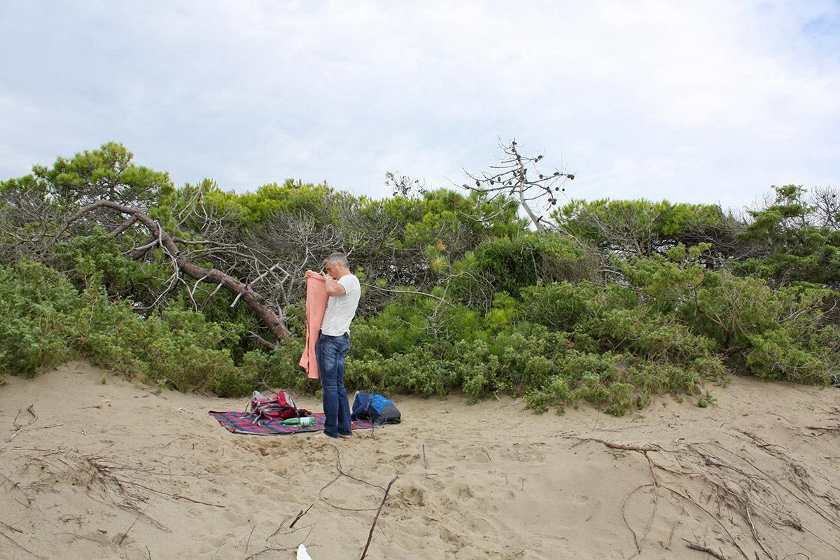 Unsere etwas vor dem Wind geschützte Strandnische.